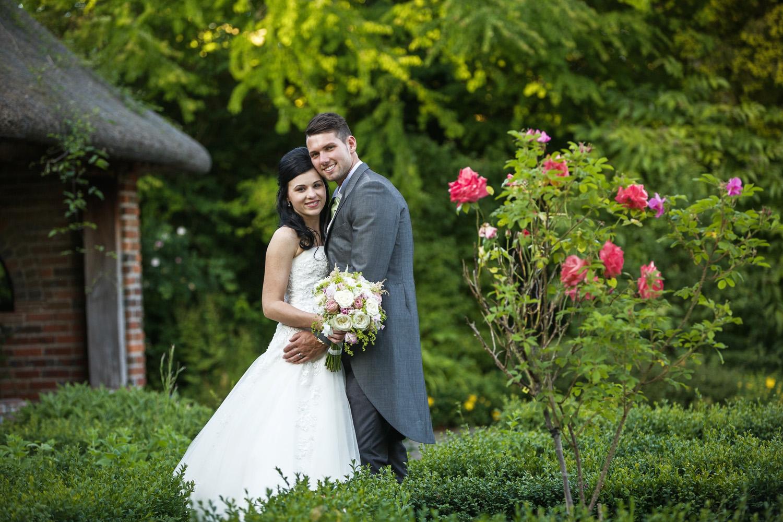 Elcot_Park_Wedding_Photographer_Newbury_Berkshire_037.jpg
