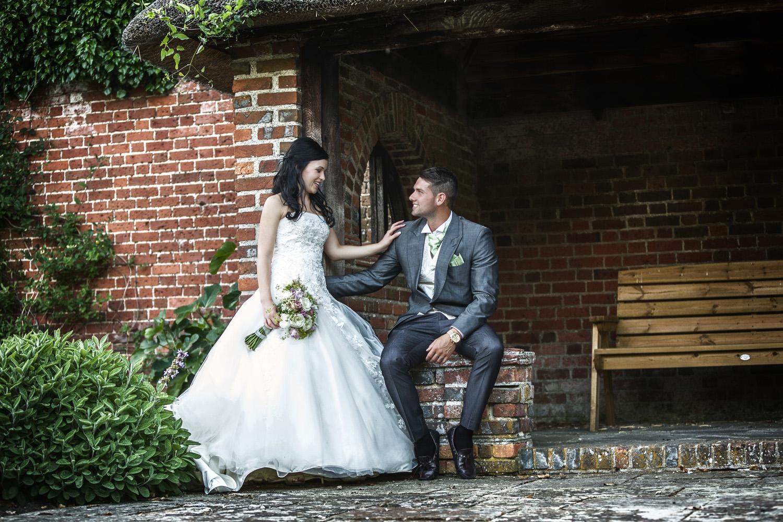 Elcot_Park_Wedding_Photographer_Newbury_Berkshire_038.jpg
