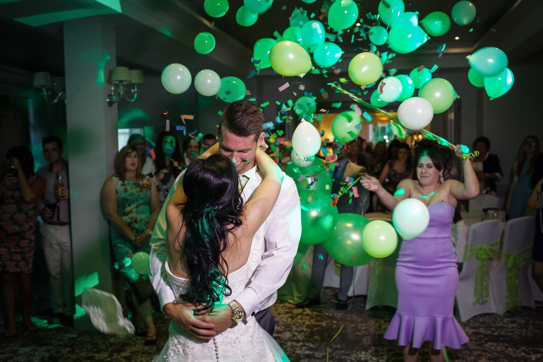 Elcot_Park_Wedding_Photographer_Newbury_Berkshire_040.jpg