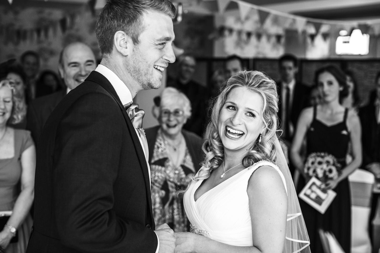 Elcot_Park_Wedding_Photographer_Newbury_Berkshire_052.jpg