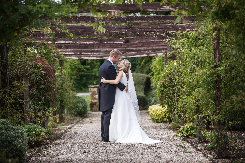 Elcot_Park_Wedding_Photographer_Newbury_Berkshire_055.jpg