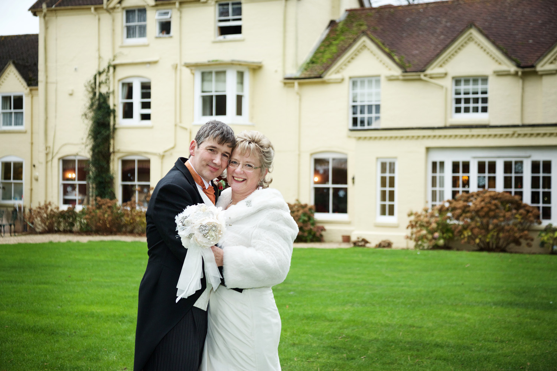 Esseborne_Manor_Wedding_Photographer_Andover_001.jpg