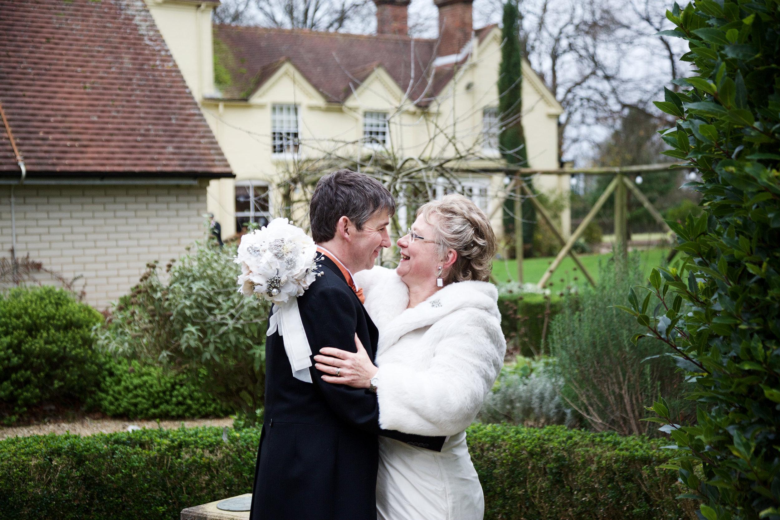 Esseborne_Manor_Wedding_Photographer_Andover_027.jpg