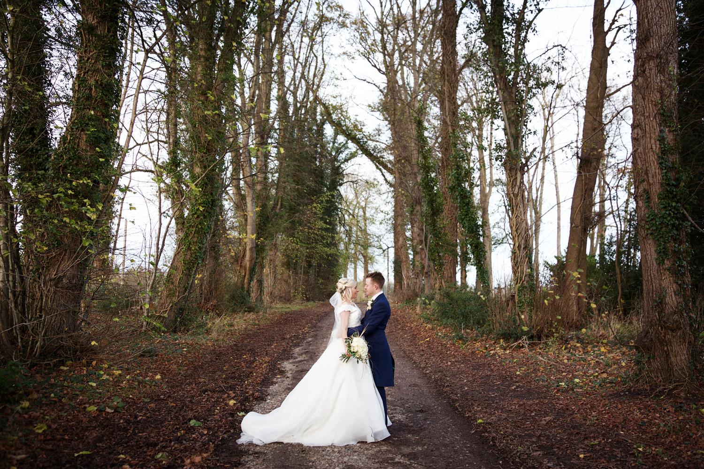Herons_Barn_Wedding_Photographer_Reading_021.jpg
