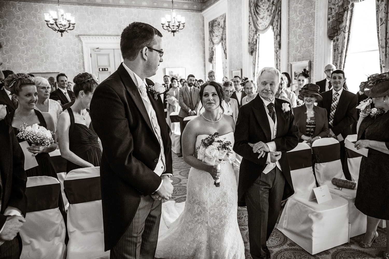 Heythrop_Park_Wedding_Photographer_Chipping_Norton_016.jpg