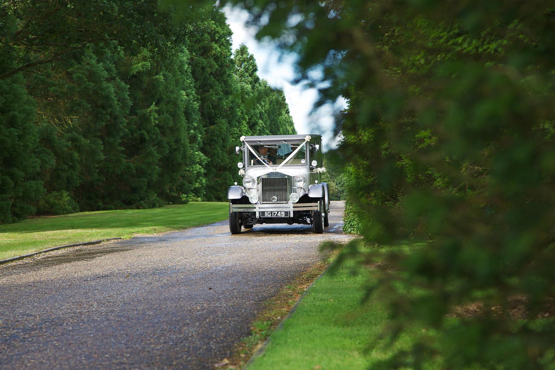 Highfield Park_Wedding_Photographer_Hook_003.jpg
