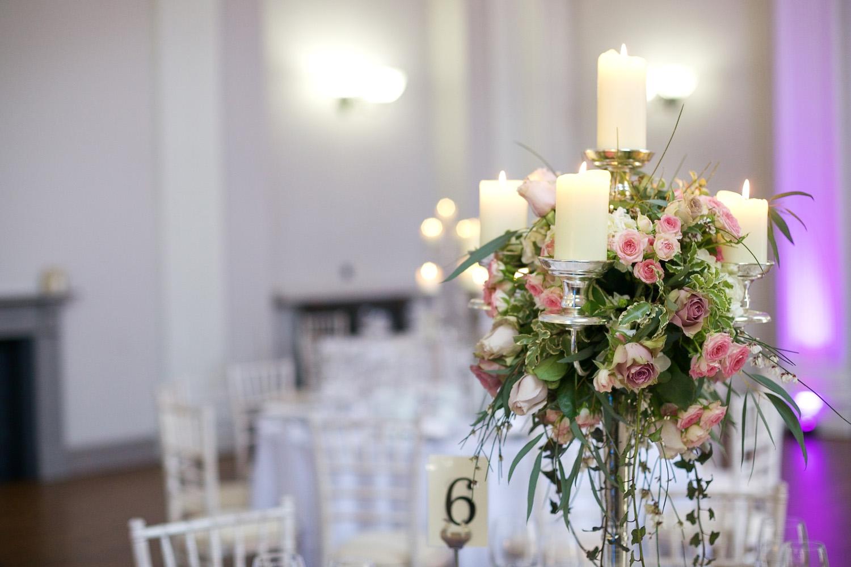 Kings_Head_Hotel_Wedding_Photographer_Cirencester_004.jpg