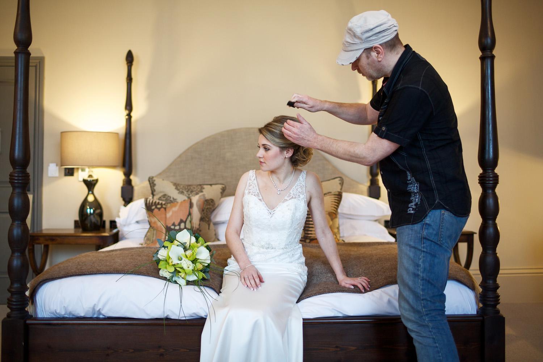 Kings_Head_Hotel_Wedding_Photographer_Cirencester_020.jpg