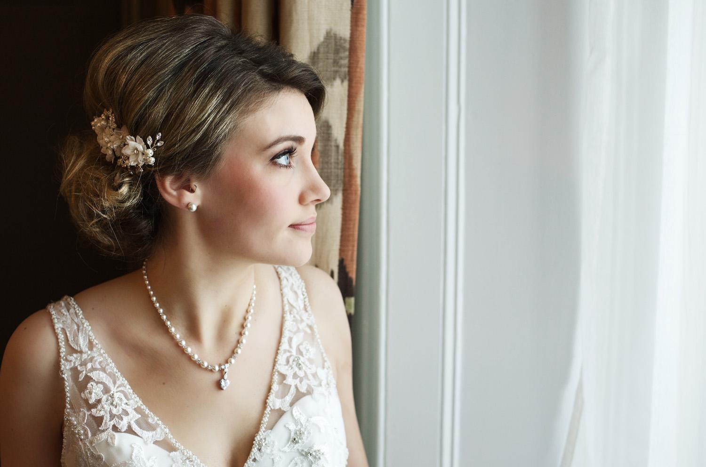 Kings_Head_Hotel_Wedding_Photographer_Cirencester_024.jpg