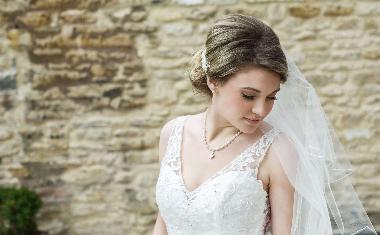 Kings_Head_Hotel_Wedding_Photographer_Cirencester_032.jpg