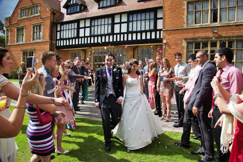 Mill_Hall_Wedding_Photographer_Newbury_Berkshire_005.jpg