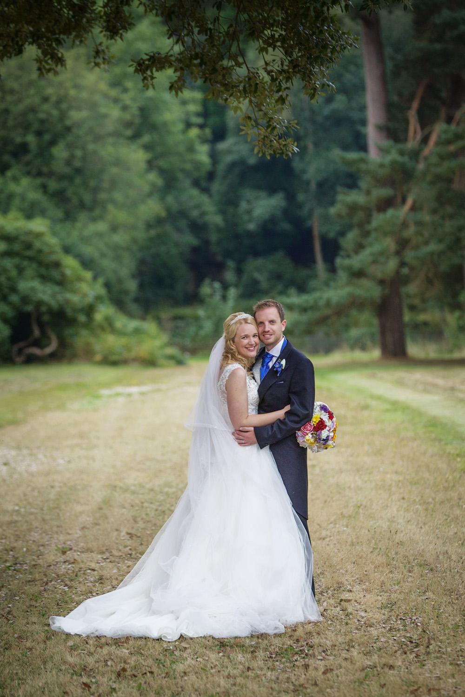 Mill_Hall_Wedding_Photographer_Newbury_Berkshire_014.jpg