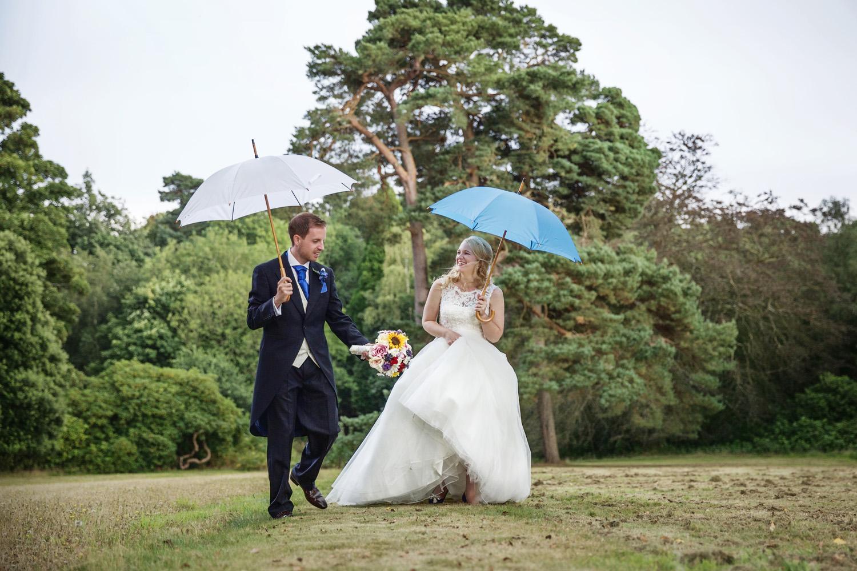 Mill_Hall_Wedding_Photographer_Newbury_Berkshire_016.jpg