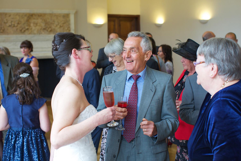 Mill_Hall_Wedding_Photographer_Newbury_Berkshire_021.jpg
