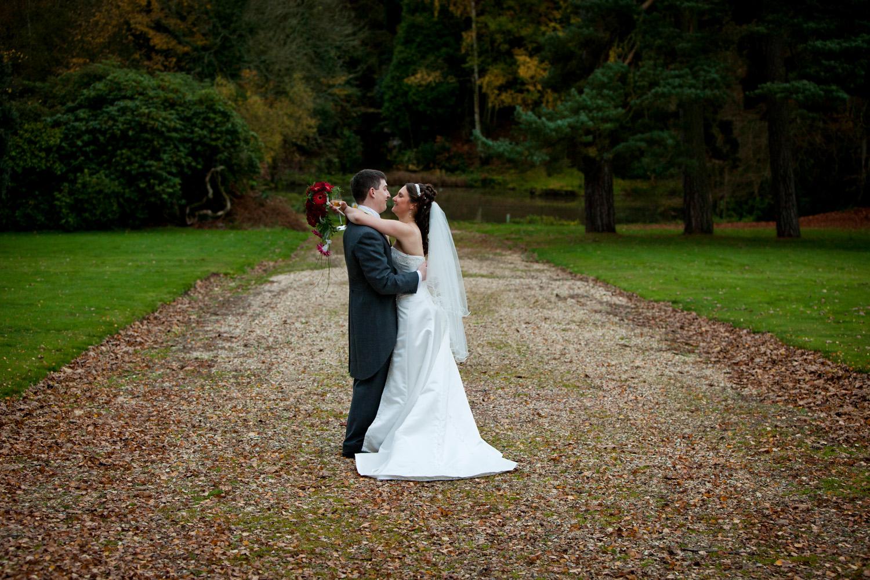 Mill_Hall_Wedding_Photographer_Newbury_Berkshire_024.jpg