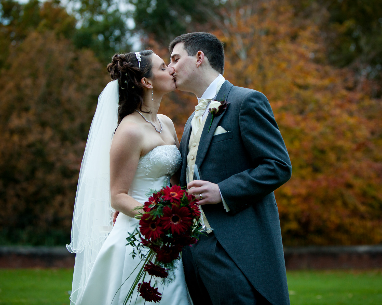 Mill_Hall_Wedding_Photographer_Newbury_Berkshire_025.jpg