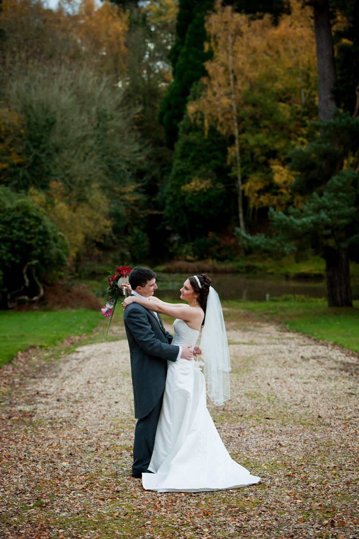 Mill_Hall_Wedding_Photographer_Newbury_Berkshire_046.jpg