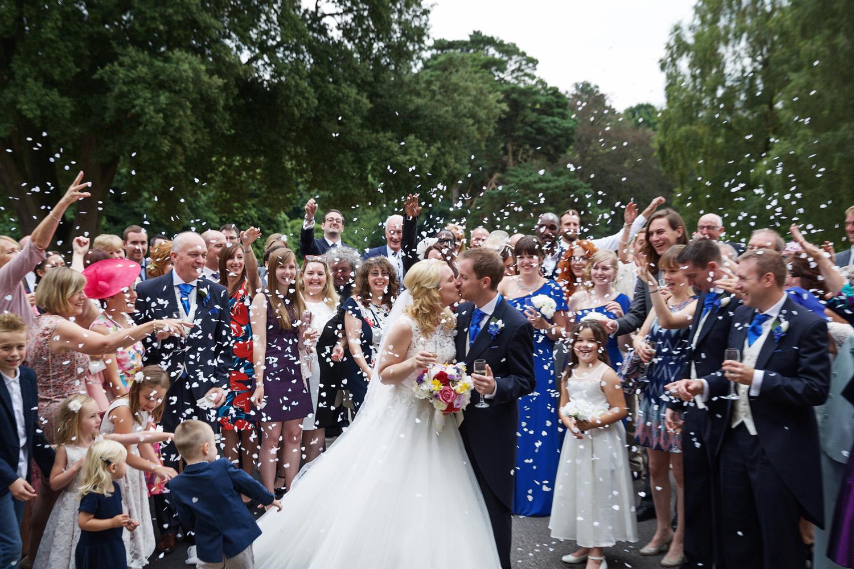 Mill_Hall_Wedding_Photographer_Newbury_Berkshire_061.jpg