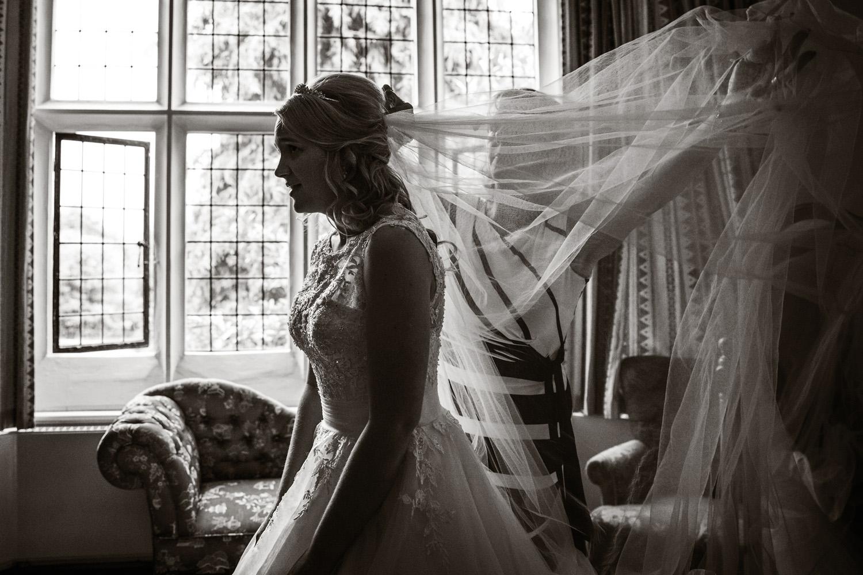 Mill_Hall_Wedding_Photographer_Newbury_Berkshire_066.jpg
