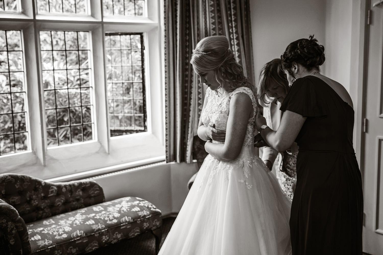 Mill_Hall_Wedding_Photographer_Newbury_Berkshire_067.jpg