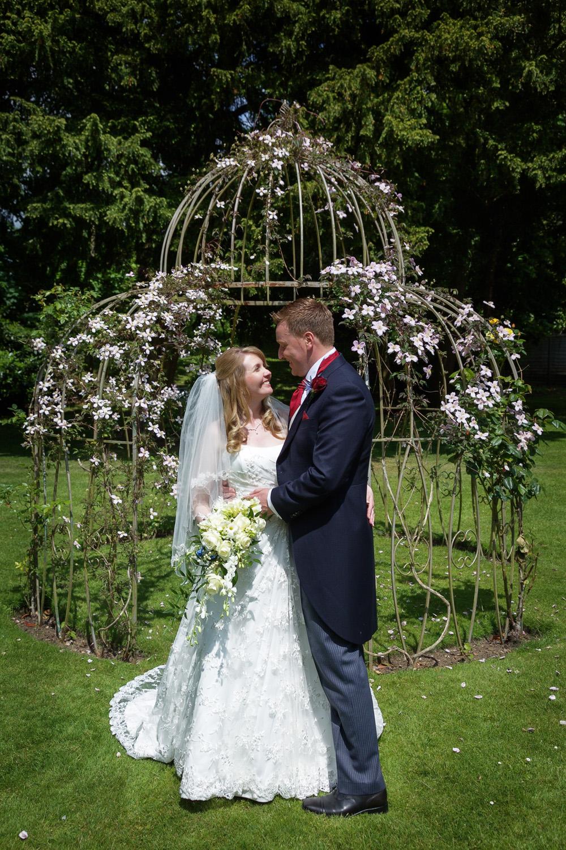 Newbury_Manor_Hotel_Wedding_Photographer_Newbury_Berkshire_007.jpg
