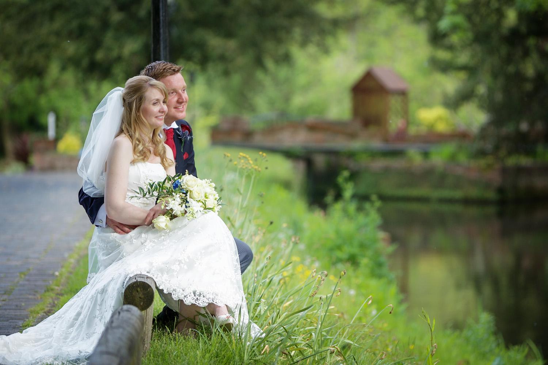 Newbury_Manor_Hotel_Wedding_Photographer_Newbury_Berkshire_032.jpg
