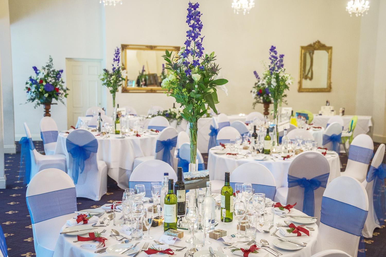 Newbury_Manor_Hotel_Wedding_Photographer_Newbury_Berkshire_038.jpg
