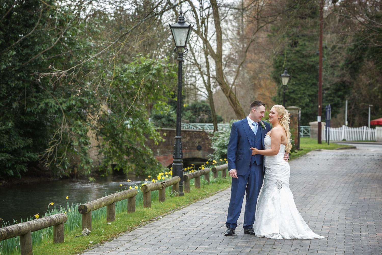 Newbury_Manor_Hotel_Wedding_Photographer_Newbury_Berkshire_045.jpg
