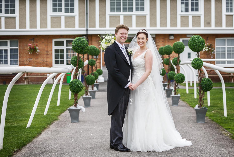 Newbury_Racecourse_Wedding_Photographer_Newbury_Berkshrie_005.jpg