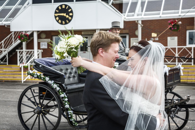 Newbury_Racecourse_Wedding_Photographer_Newbury_Berkshrie_012.jpg