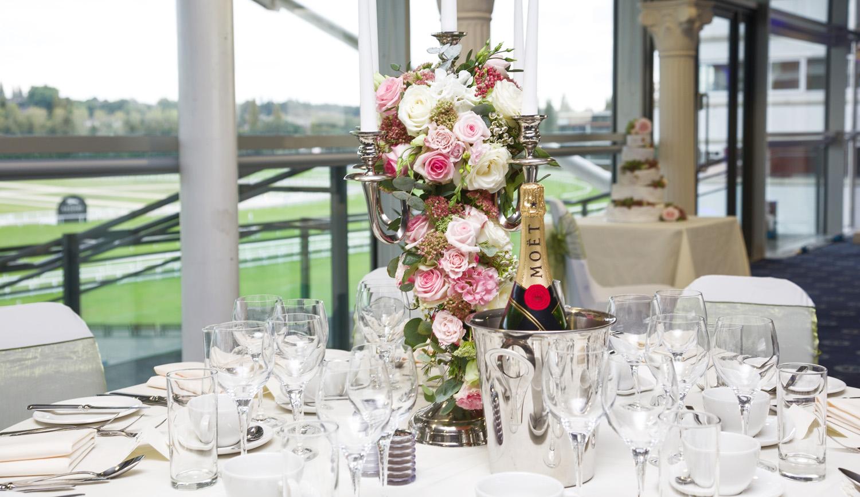 Newbury_Racecourse_Wedding_Photographer_Newbury_Berkshrie_025.jpg
