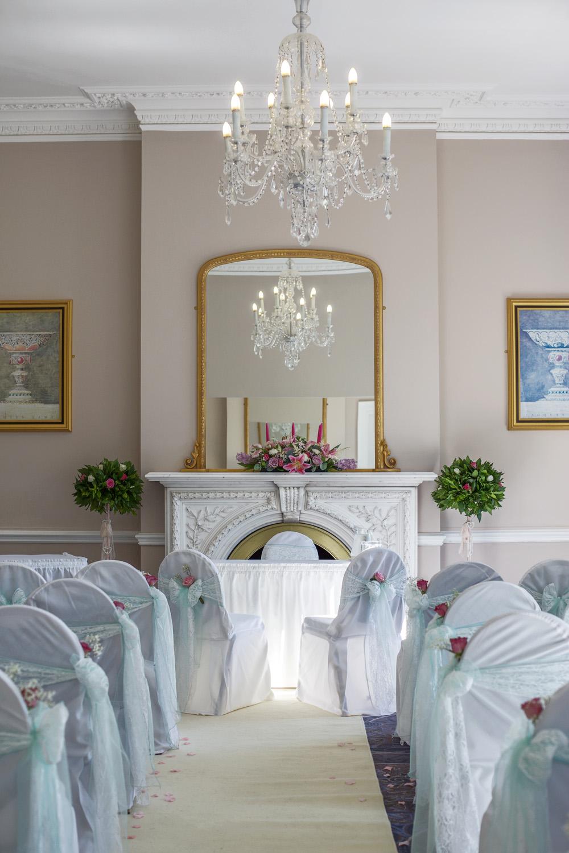 Oakley_Hall_Wedding_Photographer_Basingstoke_Hampshire_008.jpg