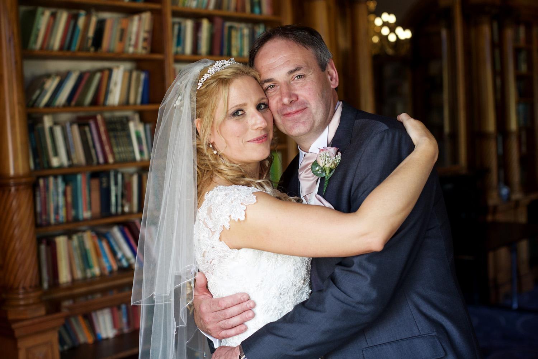 Oakley_Hall_Wedding_Photographer_Basingstoke_Hampshire_014.jpg