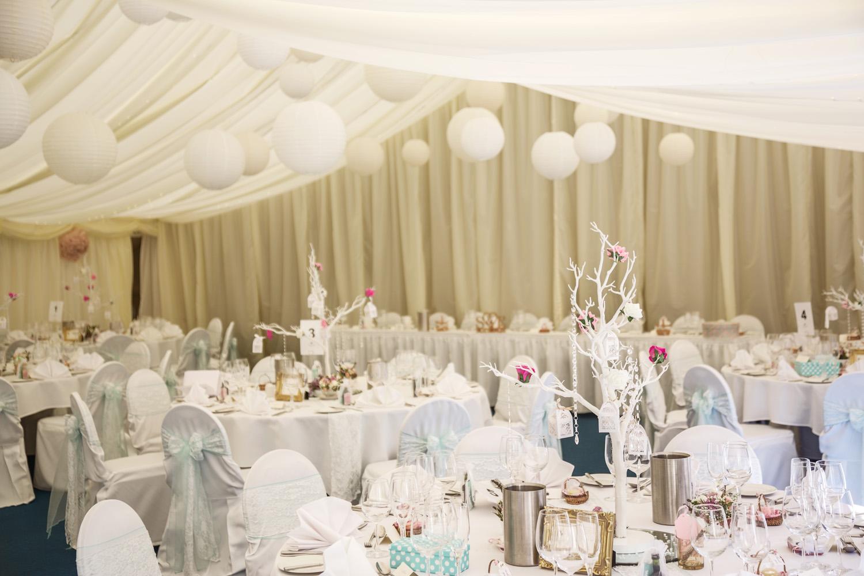 Oakley_Hall_Wedding_Photographer_Basingstoke_Hampshire_022.jpg