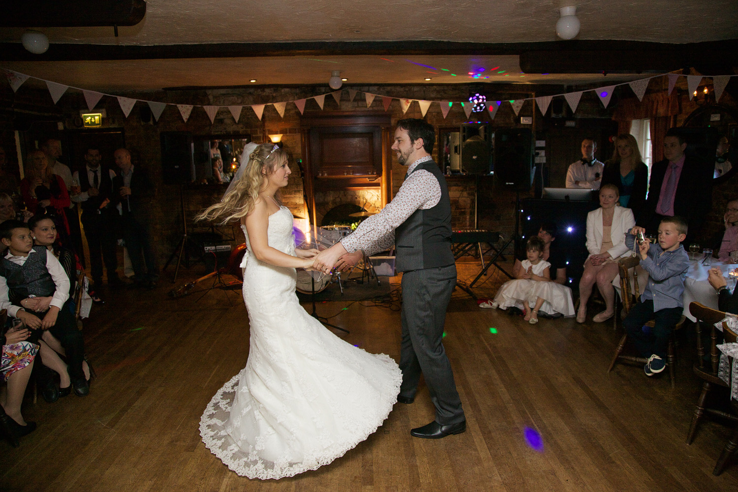 The_Old_Mill_Wedding_Photographer_Aldermaston_024.jpg