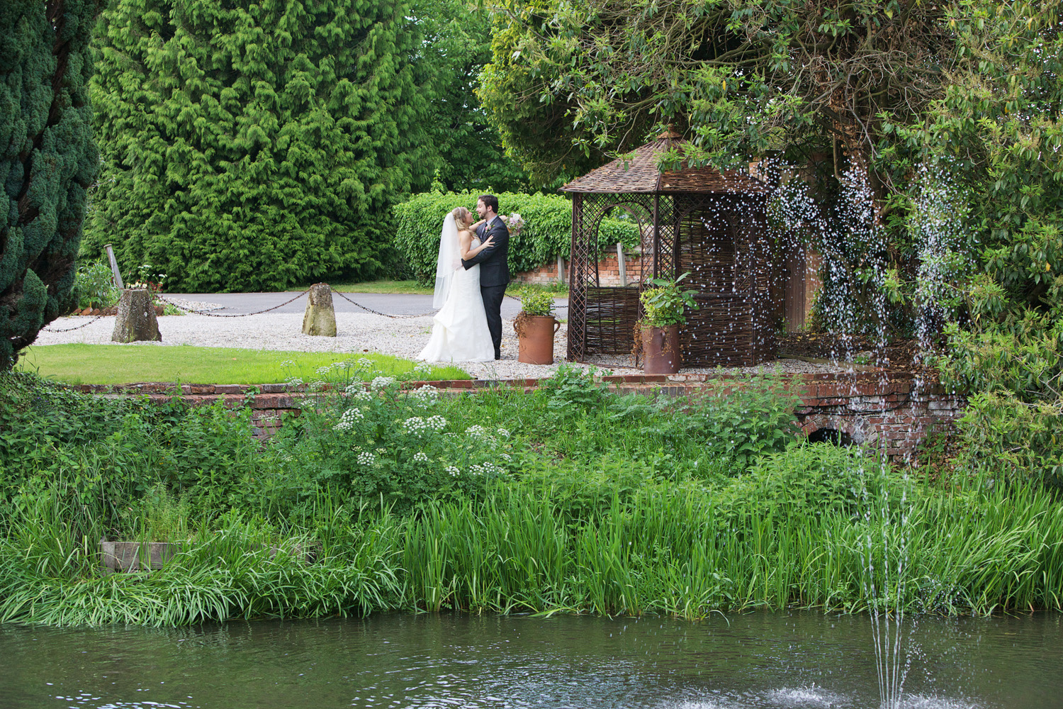 The Old Mill Aldermaston Reading Berkshire wedding photographer