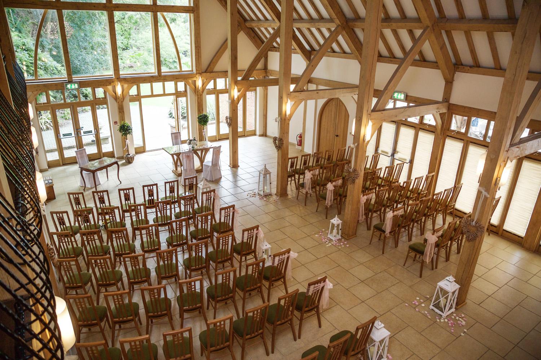 Rivervale_Barn_Wedding_Photographer_Yateley_006.jpg