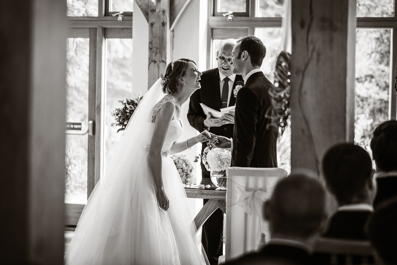 Rivervale_Barn_Wedding_Photographer_Yateley_012.jpg