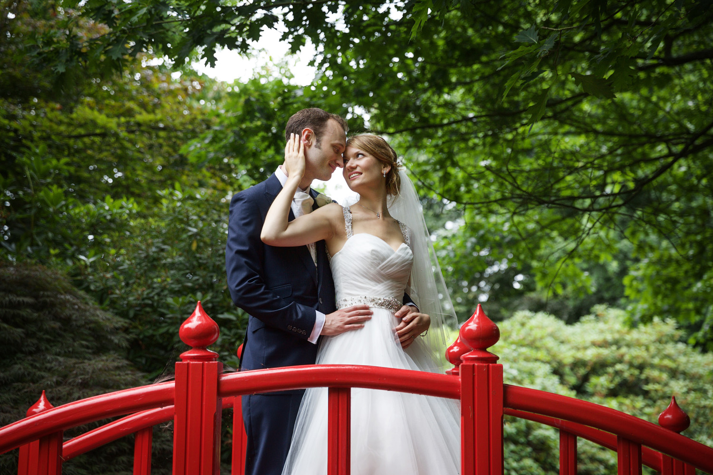 Rivervale_Barn_Wedding_Photographer_Yateley_064.jpg