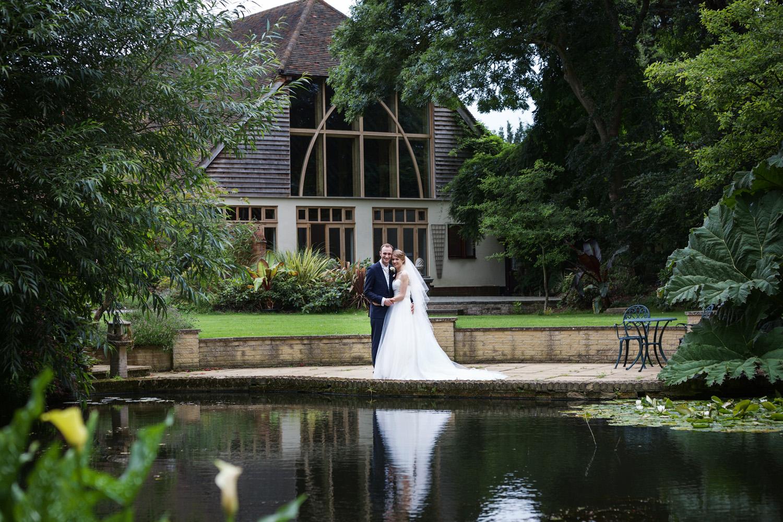 Rivervale_Barn_Wedding_Photographer_Yateley_076.jpg