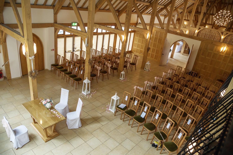 Rivervale_Barn_Wedding_Photographer_Yateley_079.jpg