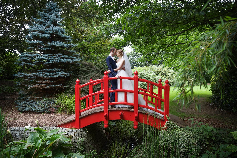 Rivervale_Barn_Wedding_Photographer_Yateley_086.jpg