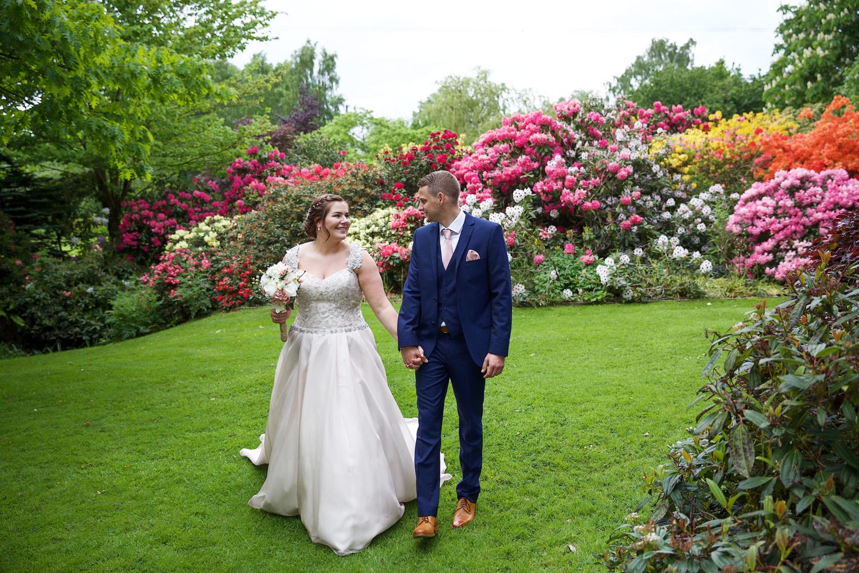 Rivervale_Barn_Wedding_Photographer_Yateley_099.jpg
