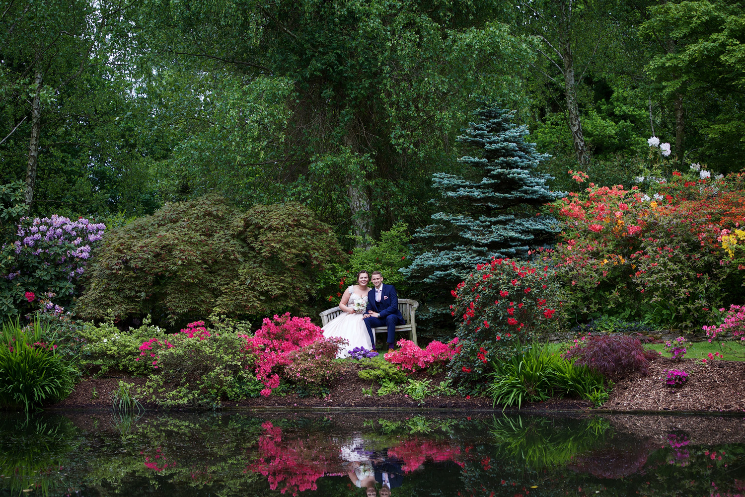 Rivervale_Barn_Wedding_Photographer_Yateley_104.jpg