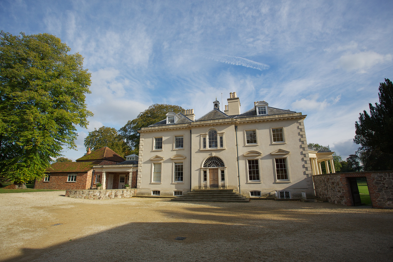 Rockley Manor_Wedding_Photographer_Marlborough_001.jpg