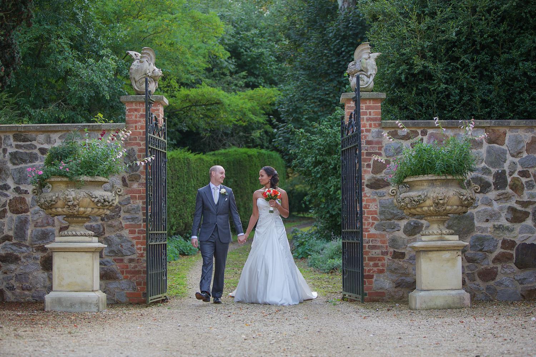 Rockley Manor_Wedding_Photographer_Marlborough_022.jpg