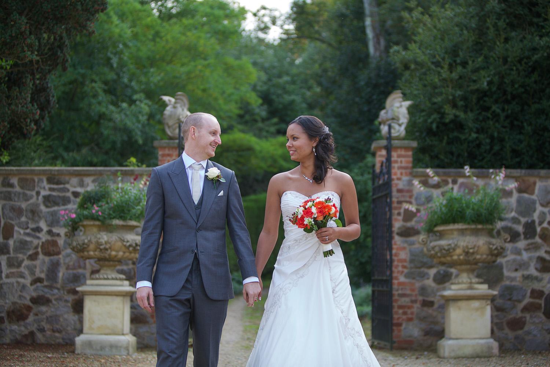 Rockley Manor_Wedding_Photographer_Marlborough_023.jpg