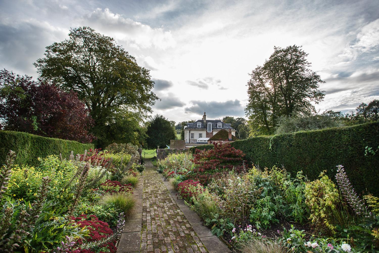 Rockley Manor_Wedding_Photographer_Marlborough_025.jpg