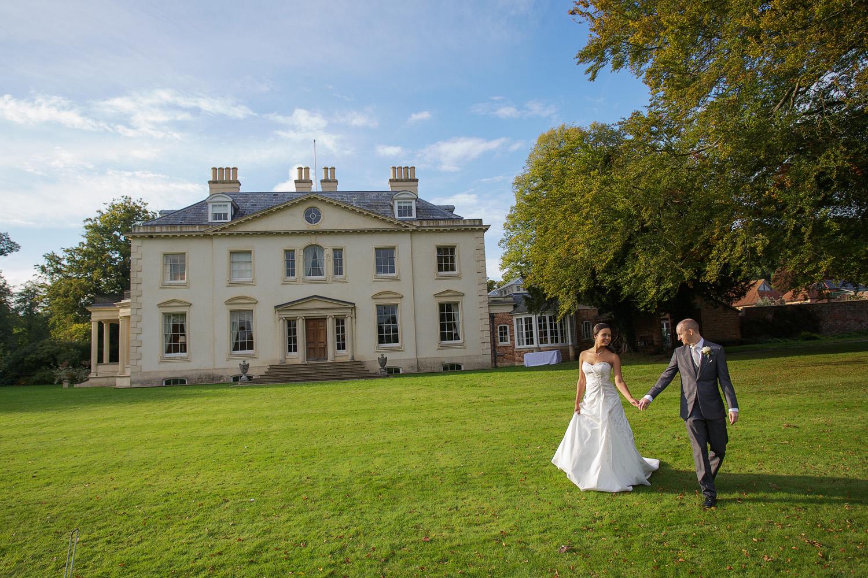 Rockley Manor_Wedding_Photographer_Marlborough_032.jpg