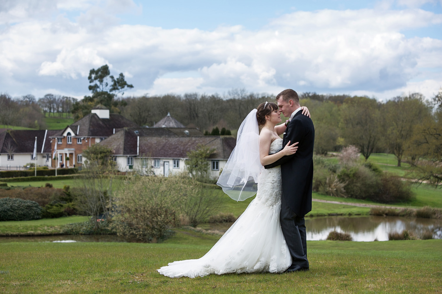 Sandford_Springs_Wedding_Photographer_Newbury_001.jpg